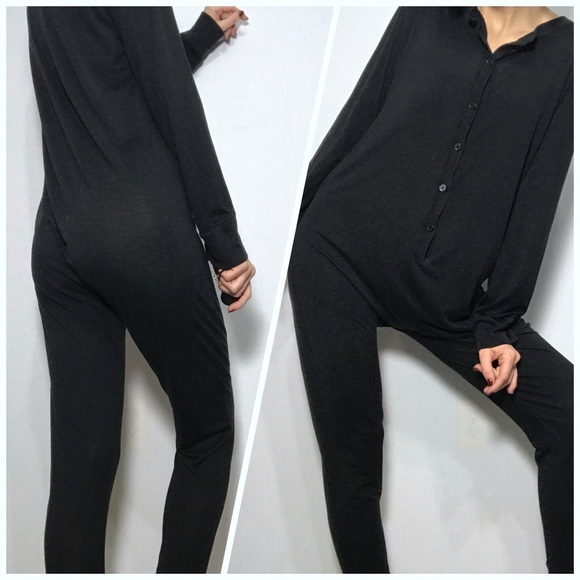 400e808c65 Winter silks women s black onsie pajamas. M 5a694b4c8af1c5d022d9b793